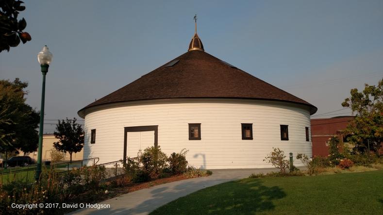 De Turk Round Barn, Santa Rosa