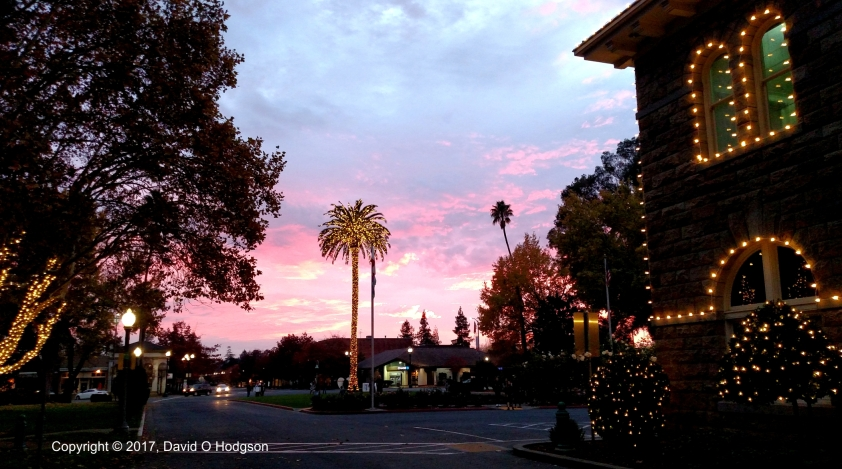 Sonoma Plaza at Sunset, Thanksgiving 2017